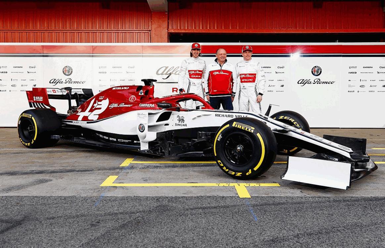 Formula 1, ecco la Alfa Romeo Racing C38 di Raikkonen e Giovinazzi