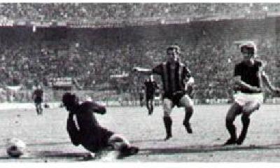 Gianni Rivera in gol
