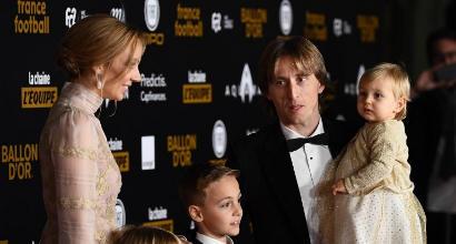 Luka Modric vince il Pallone d'oro: il croato rompe il duopolio Messi-Ronaldo