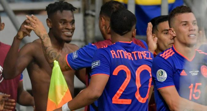 Copa America, la Colombia strapazza l'Argentina: 2-0