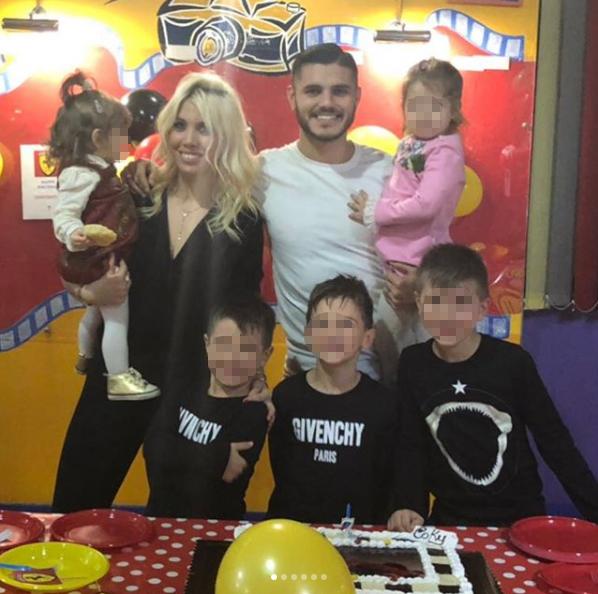Icardi, Maxi Lopez e Wanda: tutti insieme per il compleanno di Coki