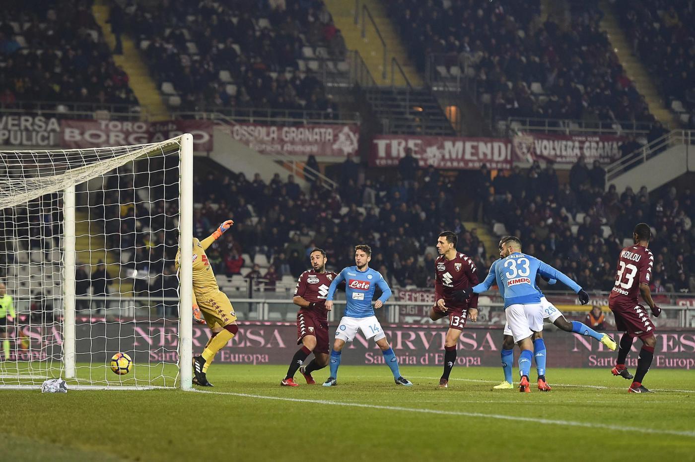 Serie A, Torino-Napoli 1-3: Sarri torna in testa alla classifica