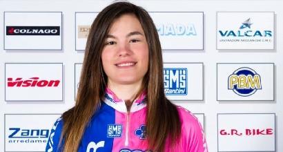 Ciclismo, Giro donne: Cretti in gravi condizioni dopo una caduta
