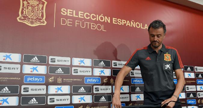 """Spagna, Luis Enrique lascia per """"gravi motivi personali"""": al suo posto Robert Moreno"""