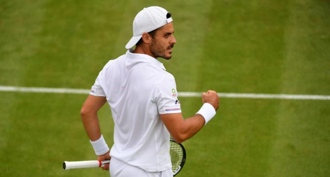 Tennis, Wimbledon: impresa di Fabbiano contro Tsitsipas, avanti Seppi, fuori Sonego e Giorgi