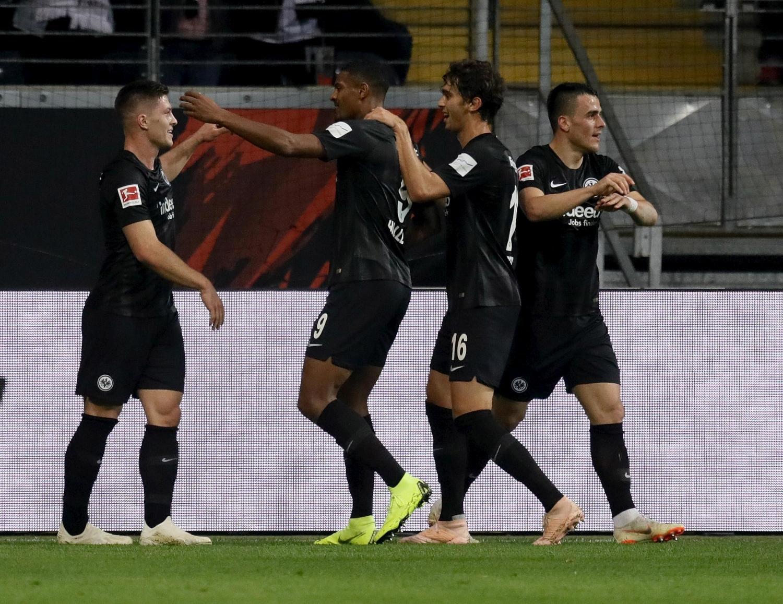 Jovic, show: cinque gol al Dusseldorf