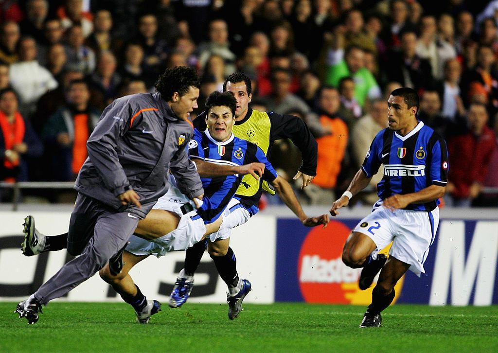 David Navarro, Valencia: 7 mesi di squalifica per la rissa post-partita contro l'Inter. Nell'ambito degli scontri, furono comminati anche sei turni a Burdisso e Maicon, tre a Cordoba e due a Cruz (2007)