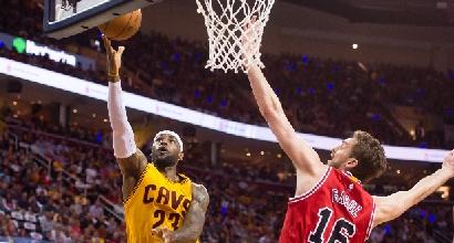 Nba, playoff: LeBron batte un colpo, Cavs-Bulls è 1-1