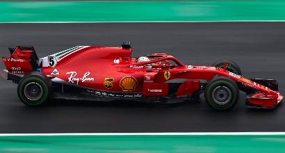 """Vettel:""""Bello battere Hamilton e tagliare l'erba"""""""