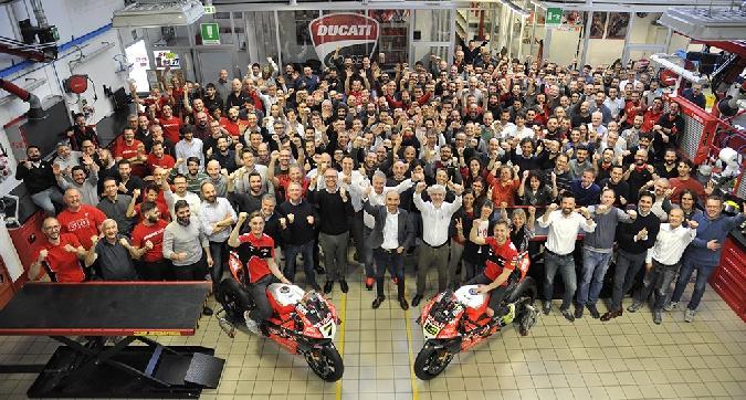 Sbk, Ducati festeggia le 350 vittorie
