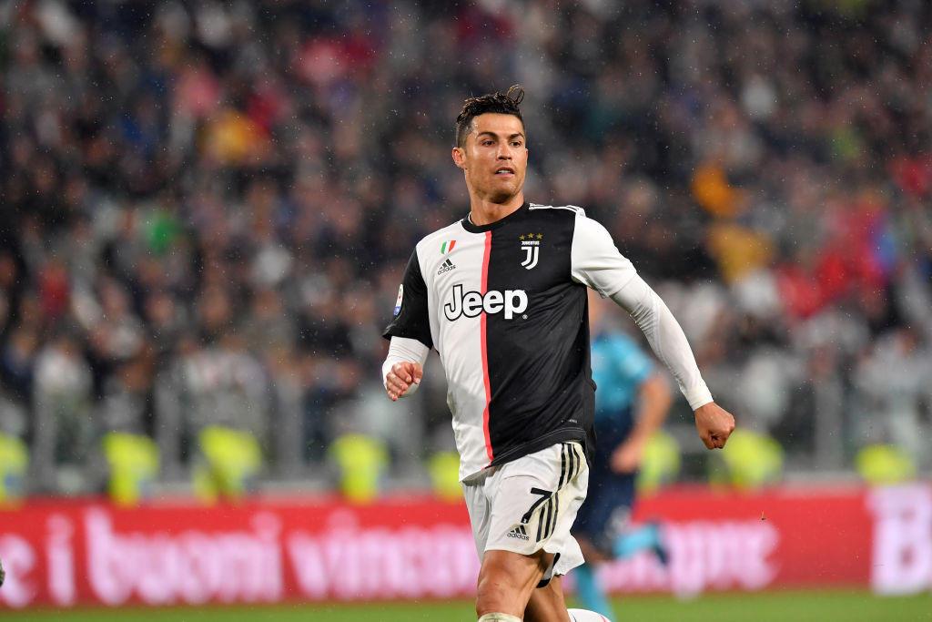 RONALDO - dal Real alla Juve per 117 milioni