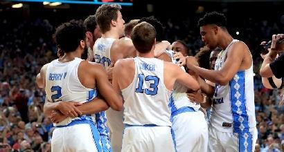 Basket, Ncaa: North Carolina campione, Gonzaga cade in finale