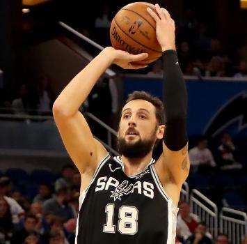 Nba: super Belinelli, gli Spurs battono i Magic