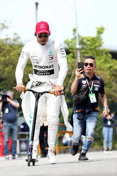 A Shanghai sarà duello Mercedes-Ferrari per una storica vittoria