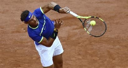 Tennis, Roland Garros: rullo Nadal, che fatica per Djokovic