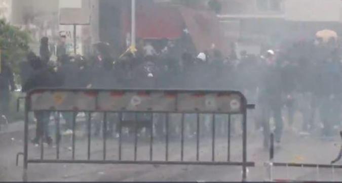 """Coppa Italia: scontri tra ultras Lazio e Polizia, feriti due vigili. La Raggi: """"Barbari idioti"""""""
