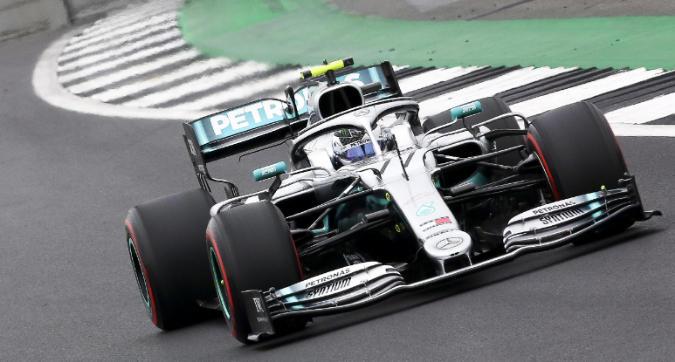 F1, Bottas in pole a Silverstone