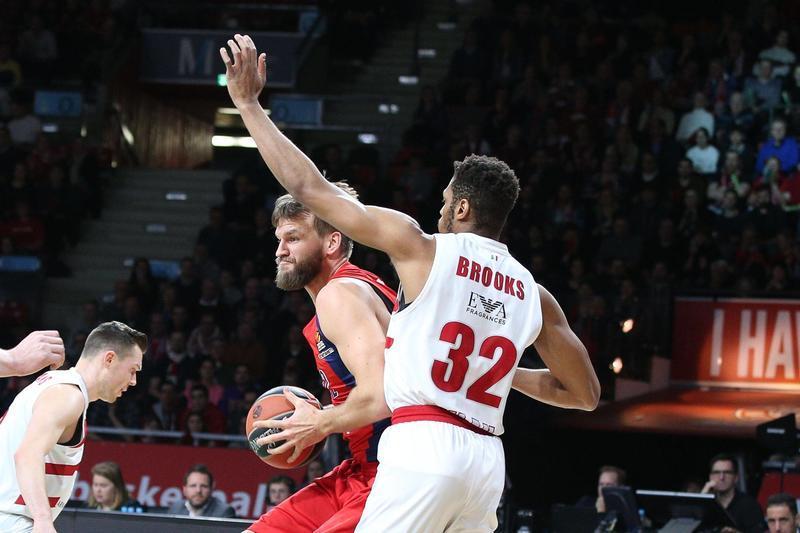Basket, Milano battuta anche a Monaco