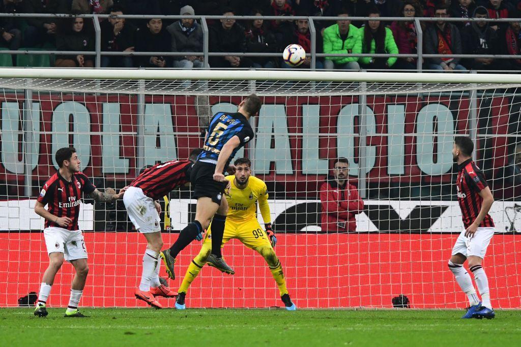 De Vrij 7 - La gara con l'Eintracht è cancellata. Gol splendido e solido dietro