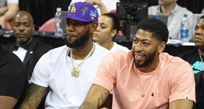 LeBron James, niente 6: la Nike gli impone di tenere il 23