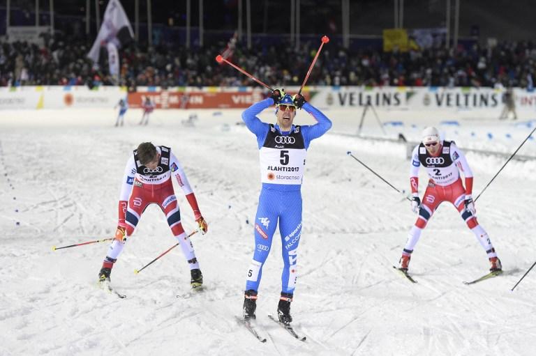 """Federico Pellegrino entra nella storia dello sci di fondo italiano trionfando ai Mondiali di Lahti, in Finlandia. L'azzurro è il nuovo campione del mondo nella categoria sprint: strepitosa la volata con cui ha sconfitto sul traguardo il temibile russo Ustjugov. Terzo il norvegese Klaebo. """"E' un sogno, svegliatemi"""", le prime parole del fondista di Aosta. """"Ero il più veloce anche grazie al lavoro della mia squadra che mi ha dato sci eccezionali""""."""