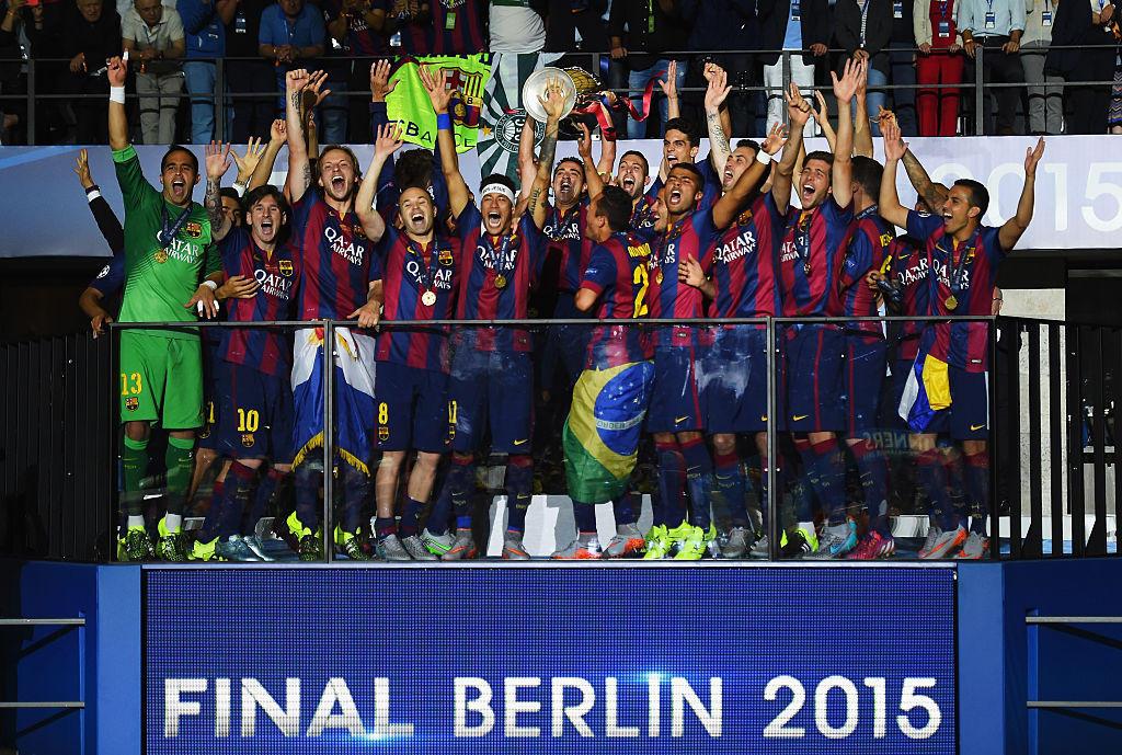 A 39 anni e dopo 35 trofei vinti in carriera, Xavi Hernandez ha annunciato il proprio ritiro. Lo spagnolo ha scritto la storia del Barcellona, di cui ...