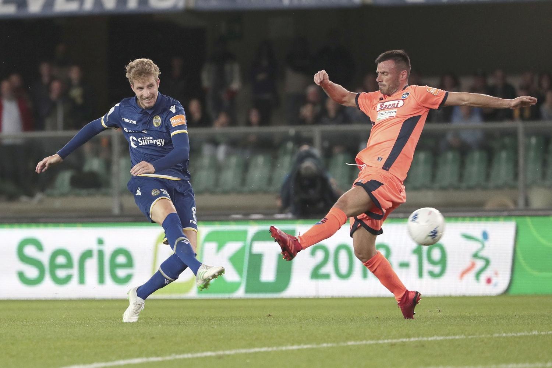 Playoff Serie B, Verona-Pescara in bianco