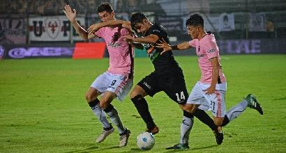 Semifinale playoff serie B. Botta e risposta nella ripresa Venezia Palermo finisce pari