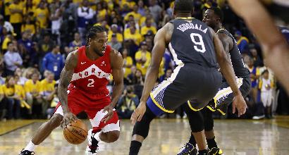 Basket, Nba: Warriors ko, Toronto vede il titolo