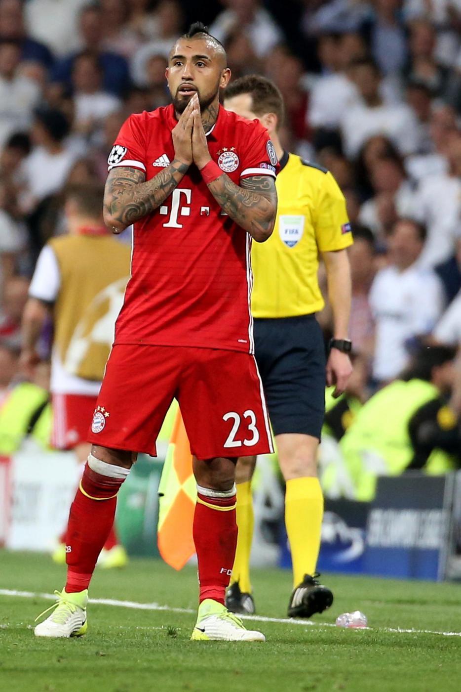 Vidal (Bayern) - 40 milioni : Il centrocampista del Bayern è il sogno del Napoli targato Ancelotti, ma anche il Real Madrid è interessato al cileno