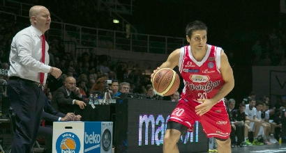 Basket: Milano, il primo colpo è Cinciarini