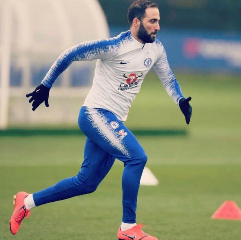Chelsea, primo giorno di allenamento per Higuain