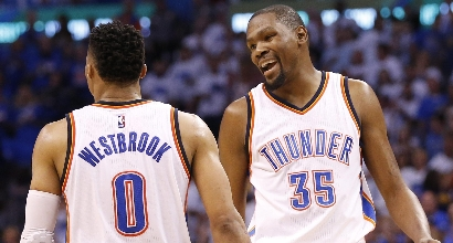 Nba, playoff: i Thunder dominano gara 3, Warriors annientati