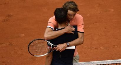 Roland Garros, Thiem travolge Zverev e vola in semifinale
