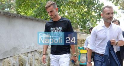 Napoli, il giorno di Fabian Ruiz: terminate le visite mediche a Villa Stuart