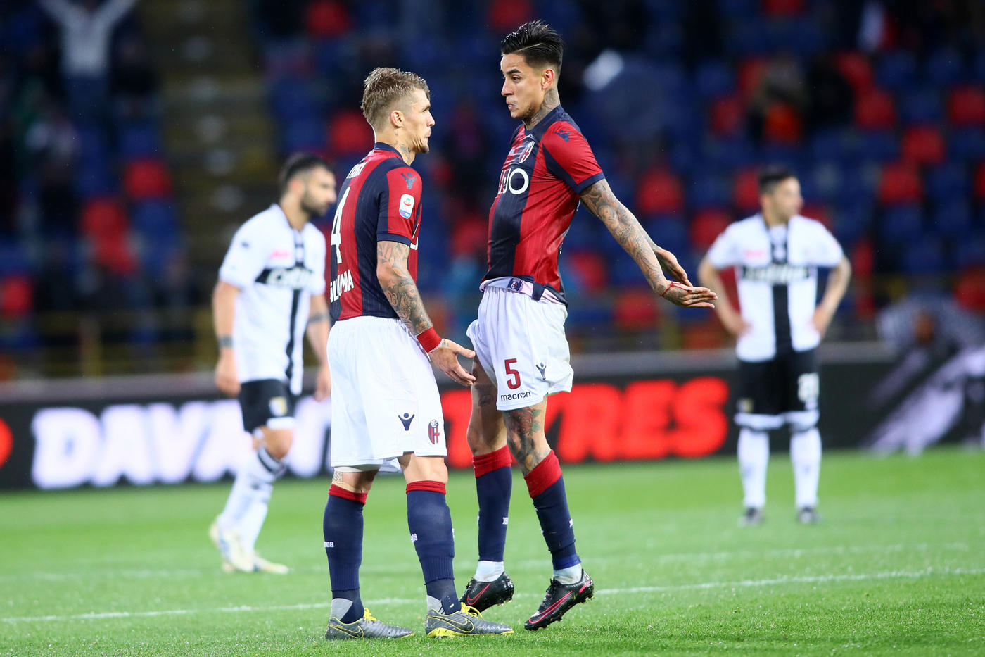 Il derby emiliano Bologna-Parma in foto.