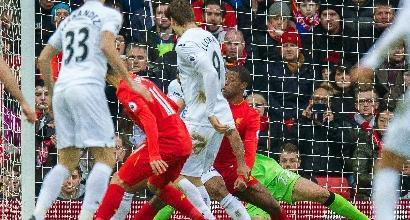 Premier League: Liverpool-Swansea 2-3, il regalo di Llorente per Conte