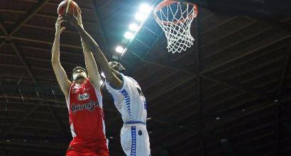 Basket, Serie A: Recalcati parte bene, Cantù stende Reggio