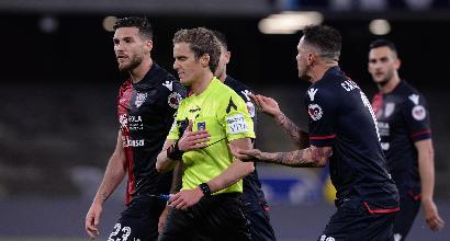 Cagliari furioso, il ds Carli: