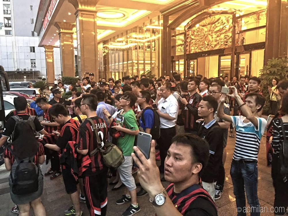 Milan Glorie, che festa in Cina