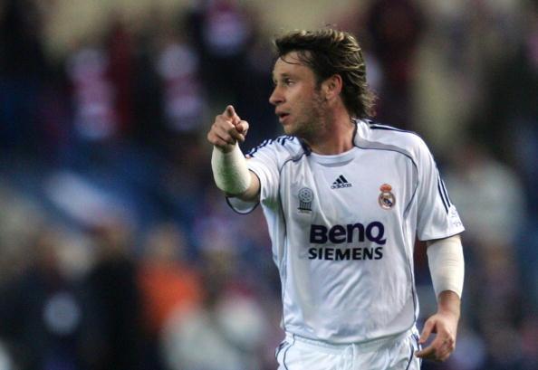 2006: il Real Madrid acquista Cassano dalla Roma, sarà un flop. Meglio nel 2011 quando passerà al Milan con cui ha vinto uno scudetto