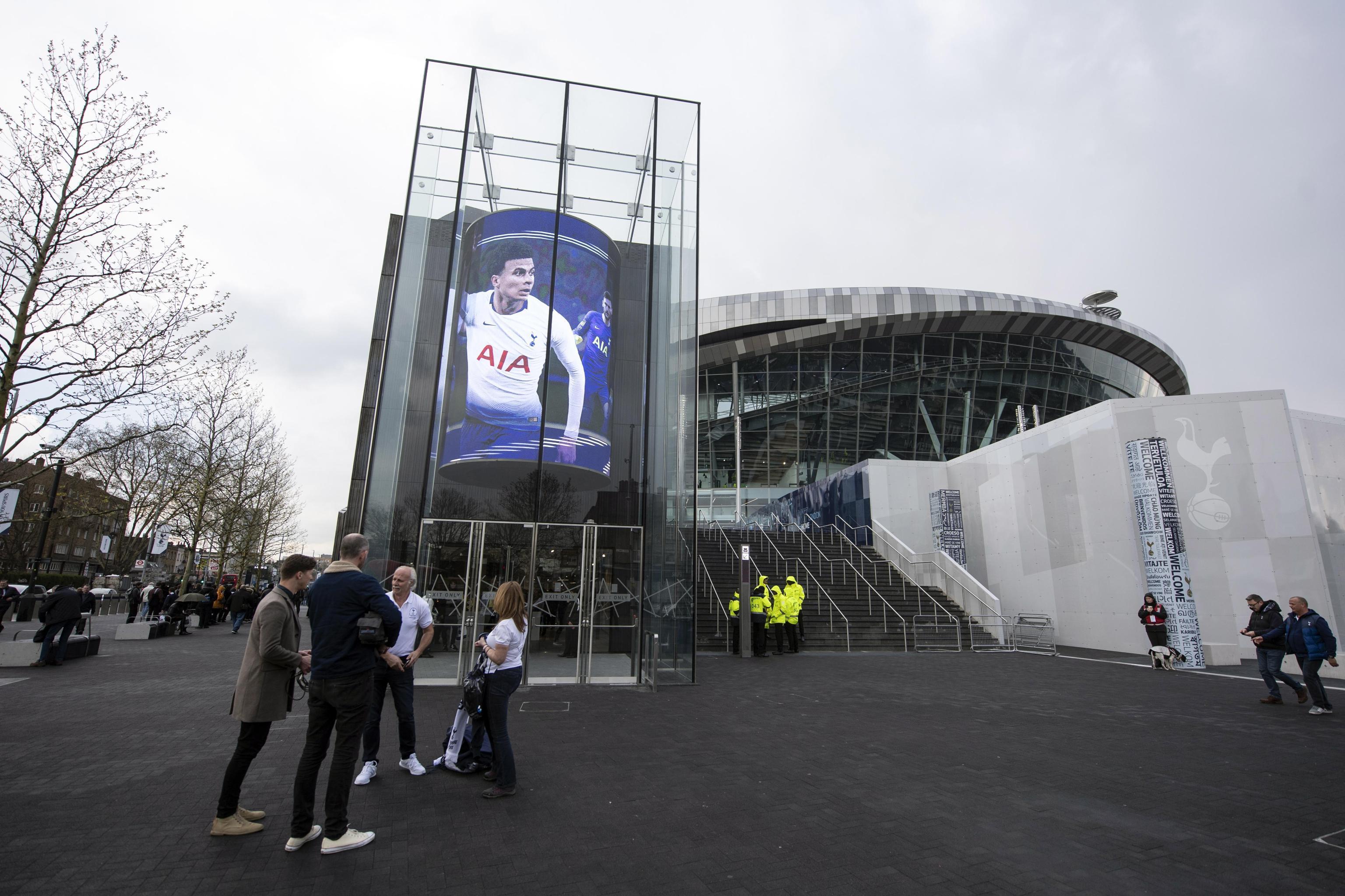 Stadio Spurs, esordio vincente