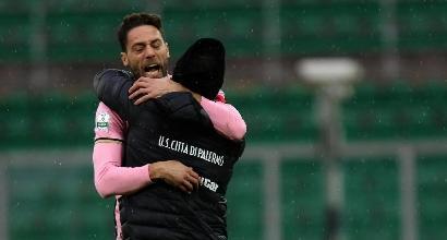 Serie B: il Palermo batte 1-0 la Ternana e mantiene la vetta
