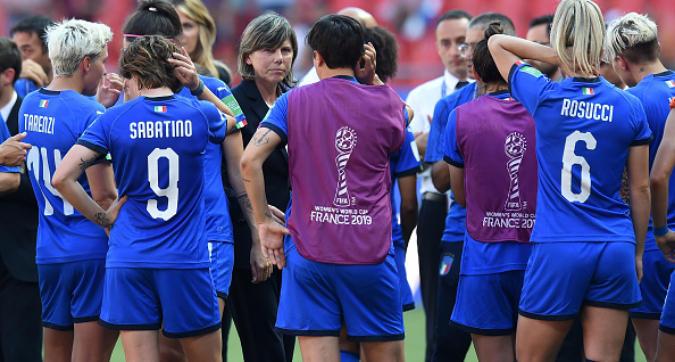 """Calcio femminile, Bertolini: """"Abbiamo appassionato l'Italia, ma non giocavamo ad armi pari..."""""""