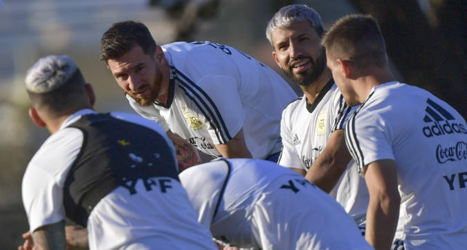Argentina, notte insonne prima della sfida con il Brasile: petardi ogni 20 minuti e sveglia alle 6,30