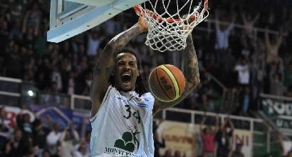 Basket, semifinale gara-4: Siena-Varese 78-77