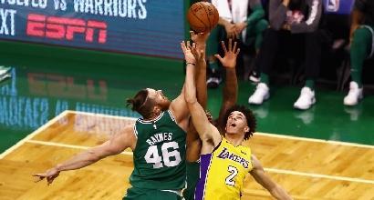 Basket, Nba: Golden State dilaga contro Minnesota, decimo successo per Boston