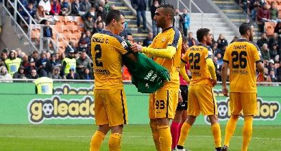 Inter-Verona - Nicolas espulso, Hellas in 10: in porta ci va Romulo