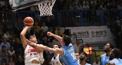 Basket, Playoff Serie A: Venezia in semifinale, Trento va sul 2-1 contro Avellino