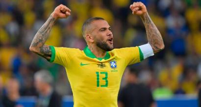Inter Dani Alves, gli agenti del brasiliano attesi a Milano: la situazione